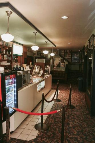vashon-island-theater-2018-concession-stand